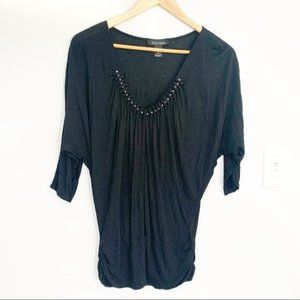 Black house White market blouse silver beads small